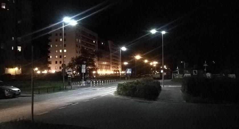 Drogi, Doświetlone przejścia Aluzyjnej końcu bezpieczniej - zdjęcie, fotografia