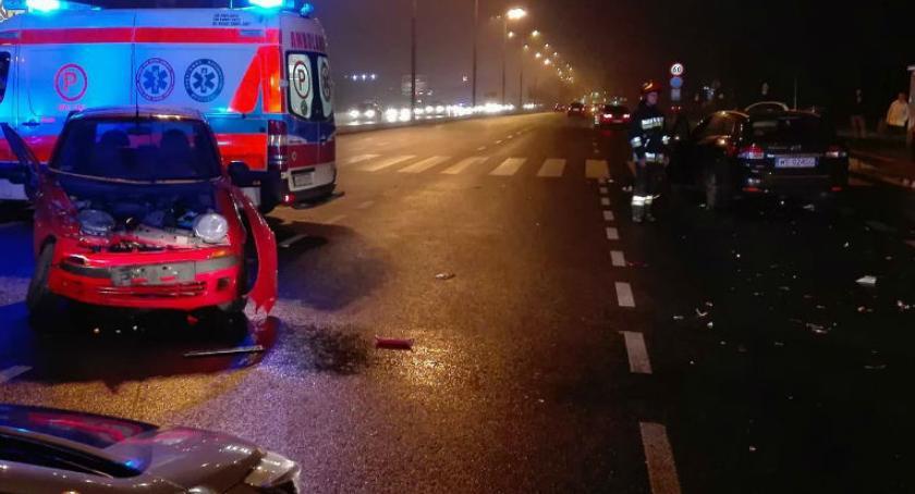 Bezpieczeństwo, Wypadek Modlińskiej [ZDJĘCIA straży] - zdjęcie, fotografia
