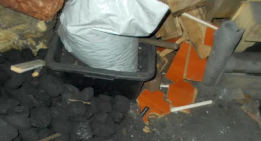 Bezpieczeństwo, Spalał odpady widział złego Kontrola straży miejskiej Modlińskiej - zdjęcie, fotografia