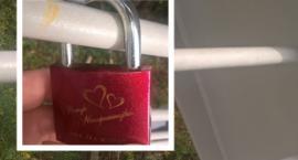 Most zakochanych na Białołęce? Pierwsza kłódka już jest