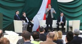 Debata oświatowa z udziałem Minister Edukacji Narodowej